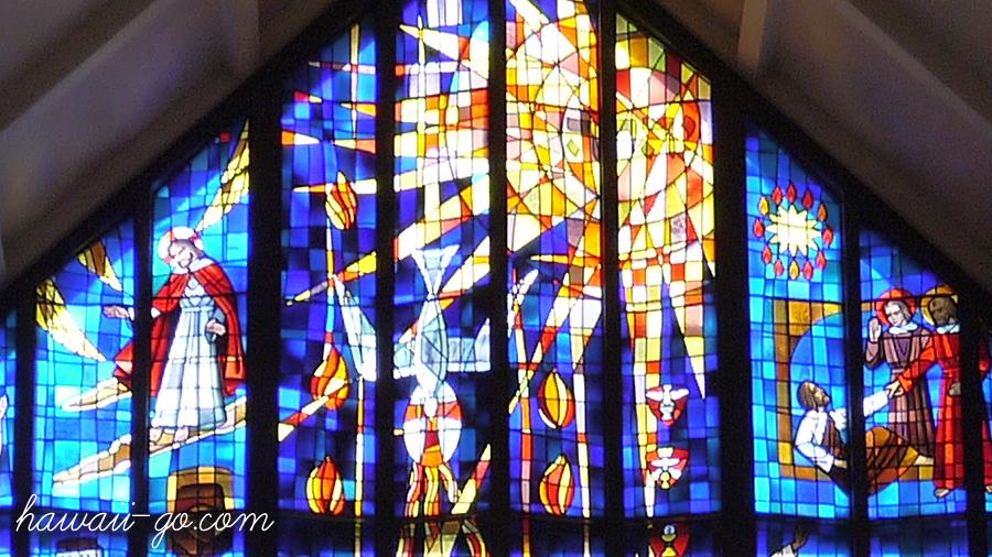 セント・アンドリュース大聖堂のステンドガラス