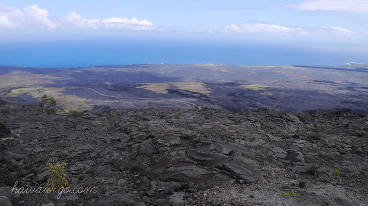 ハワイ島の溶岩台地